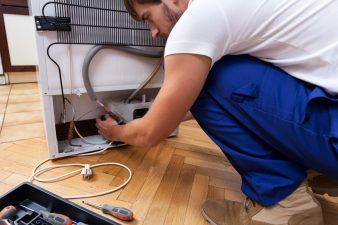 Installing refrigerator gas