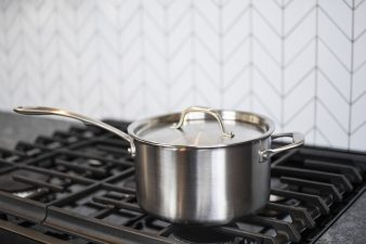 saucepans-for-kitchen